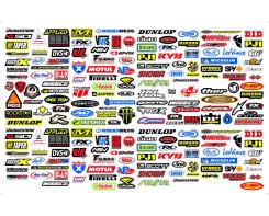 260 מדבקות לוגוים צורתיים של חברות במידות שונות
